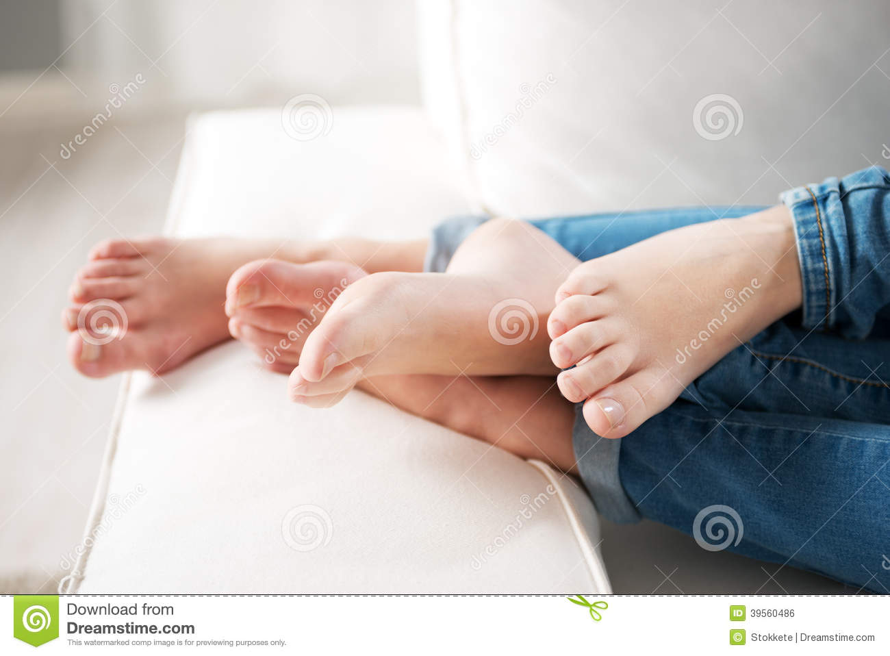 Loving Couple Feet Stock Photo Image 39560486 : loving couple feet young hugging sofa close up 39560486 from www.dreamstime.com size 1300 x 958 jpeg 85kB