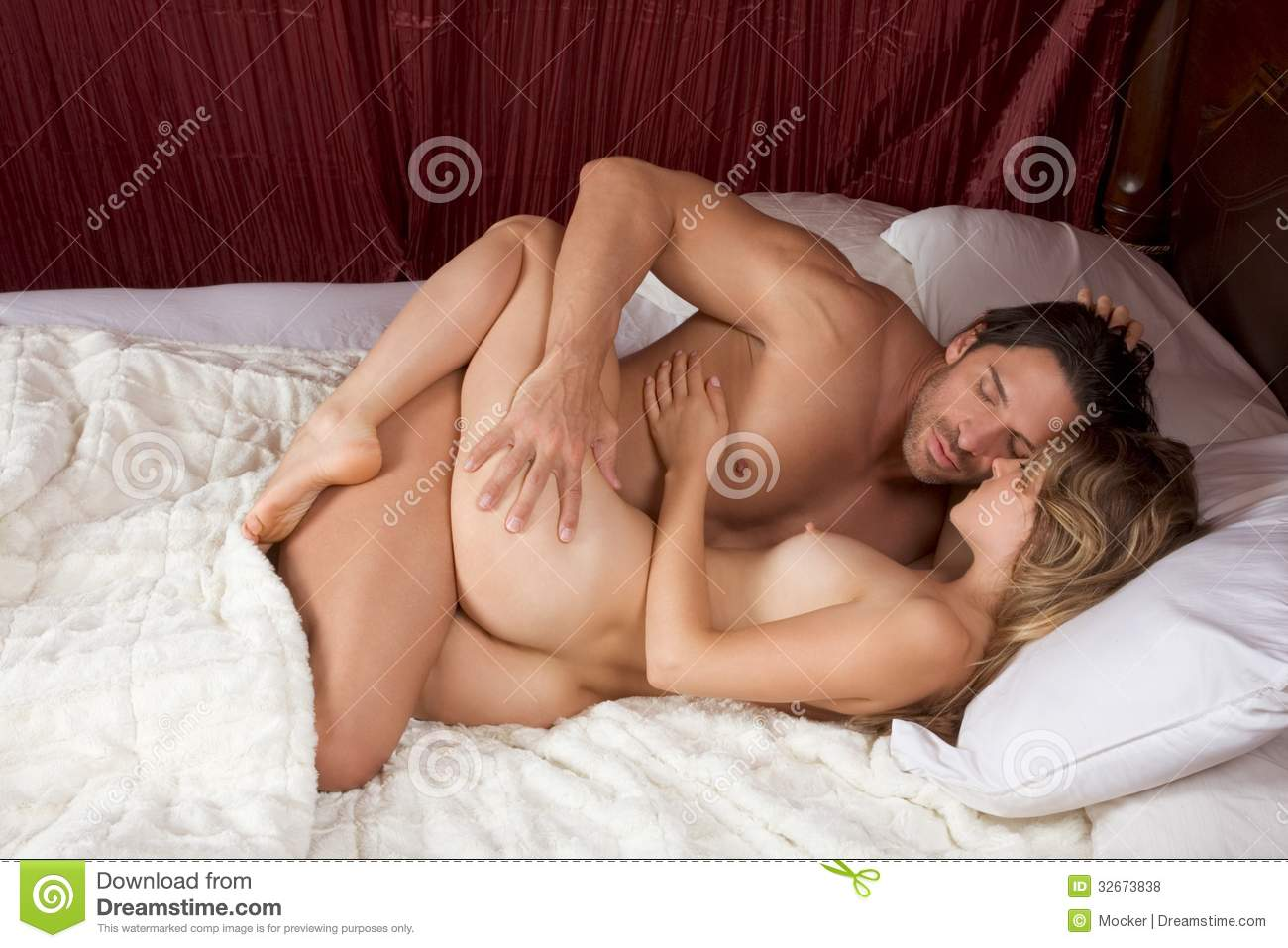lovers with naked Sexy