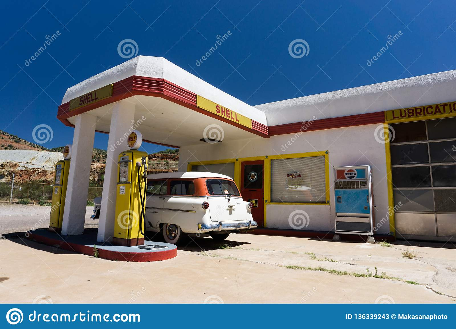 Lowell Az Usa July 12 2016 Old Fuel Pump And Classic Car At An Abandoned Ghost Town Gas Station Editorial Stock Photo Image Of Lowell Pump 136339243