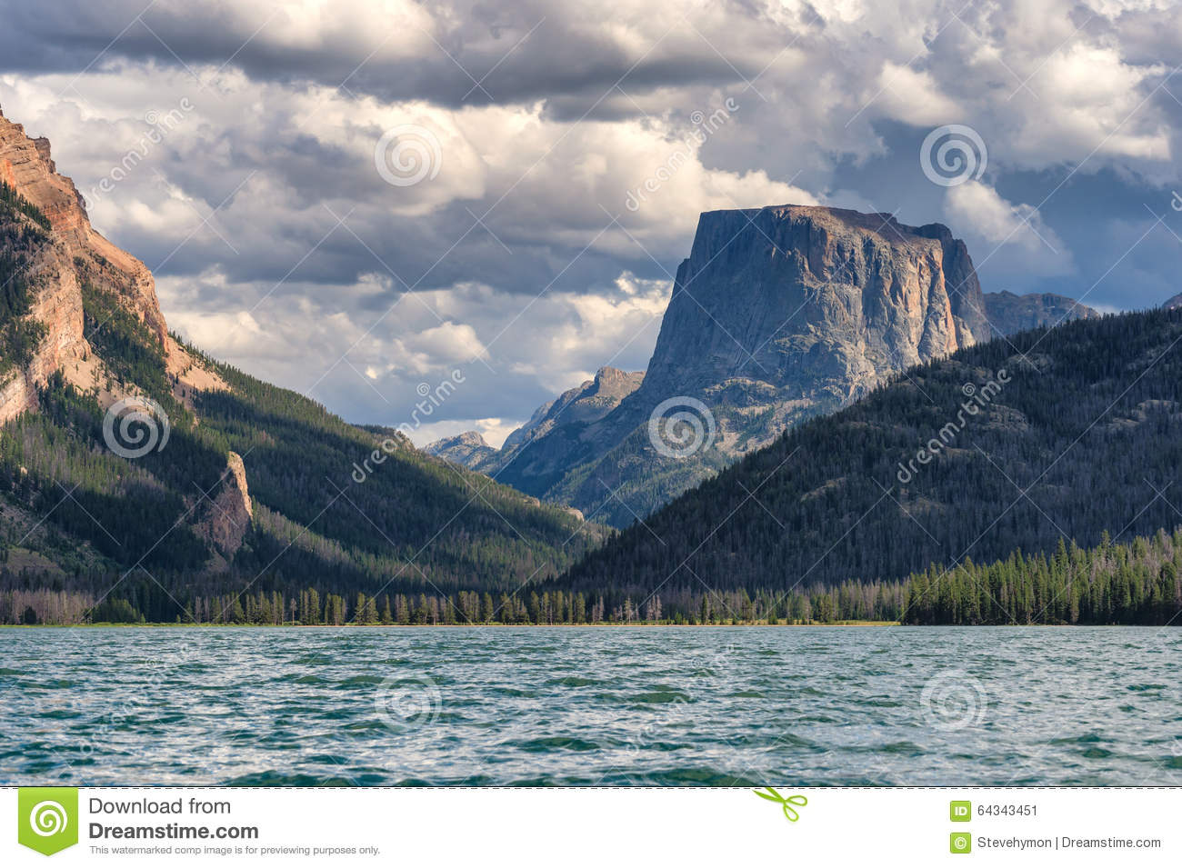 Green river lakes and square top mountain wyoming stock image green river lakes and square top mountain wyoming kristyandbryce Images