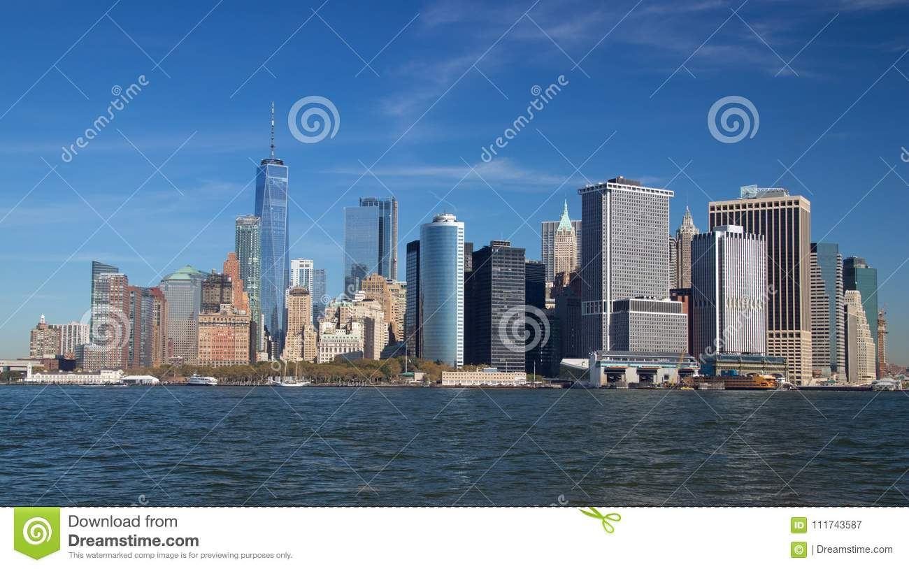 Lower Manhattan de la isla de los gobernadores
