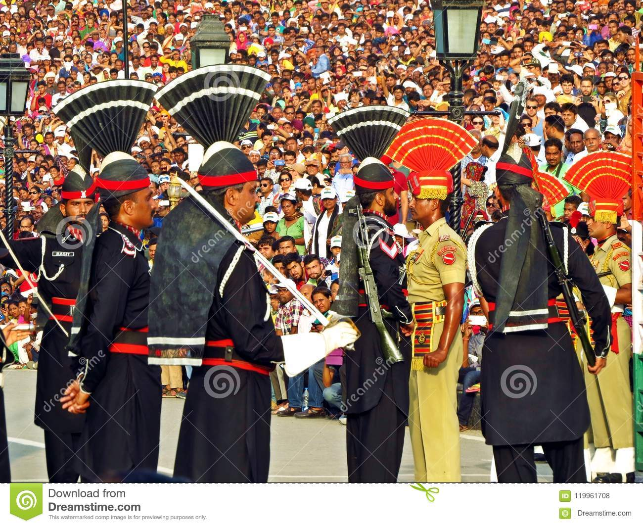 pakistani an indian soldiers at border closing ceremony between Pakistan and India, Wagha border