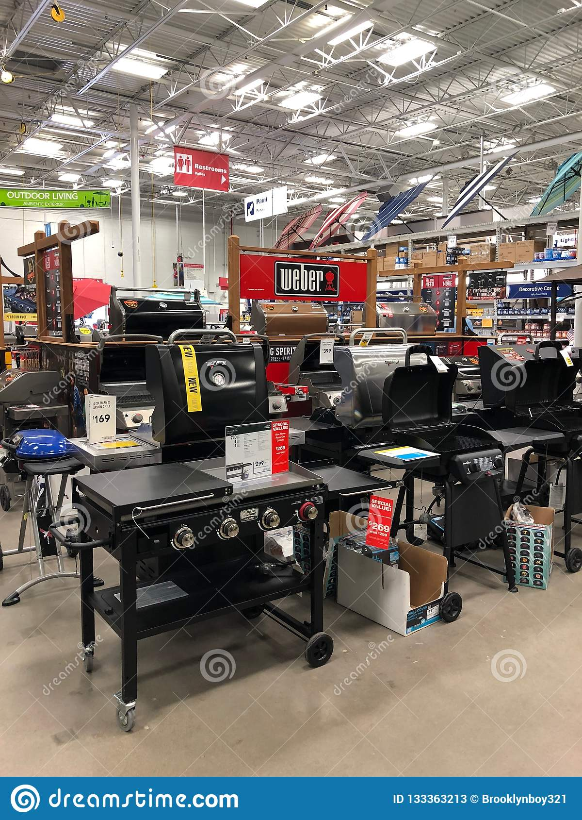 Lowes Home Improvement Store Editorial Stock Photo Image Of Design Department 133363213