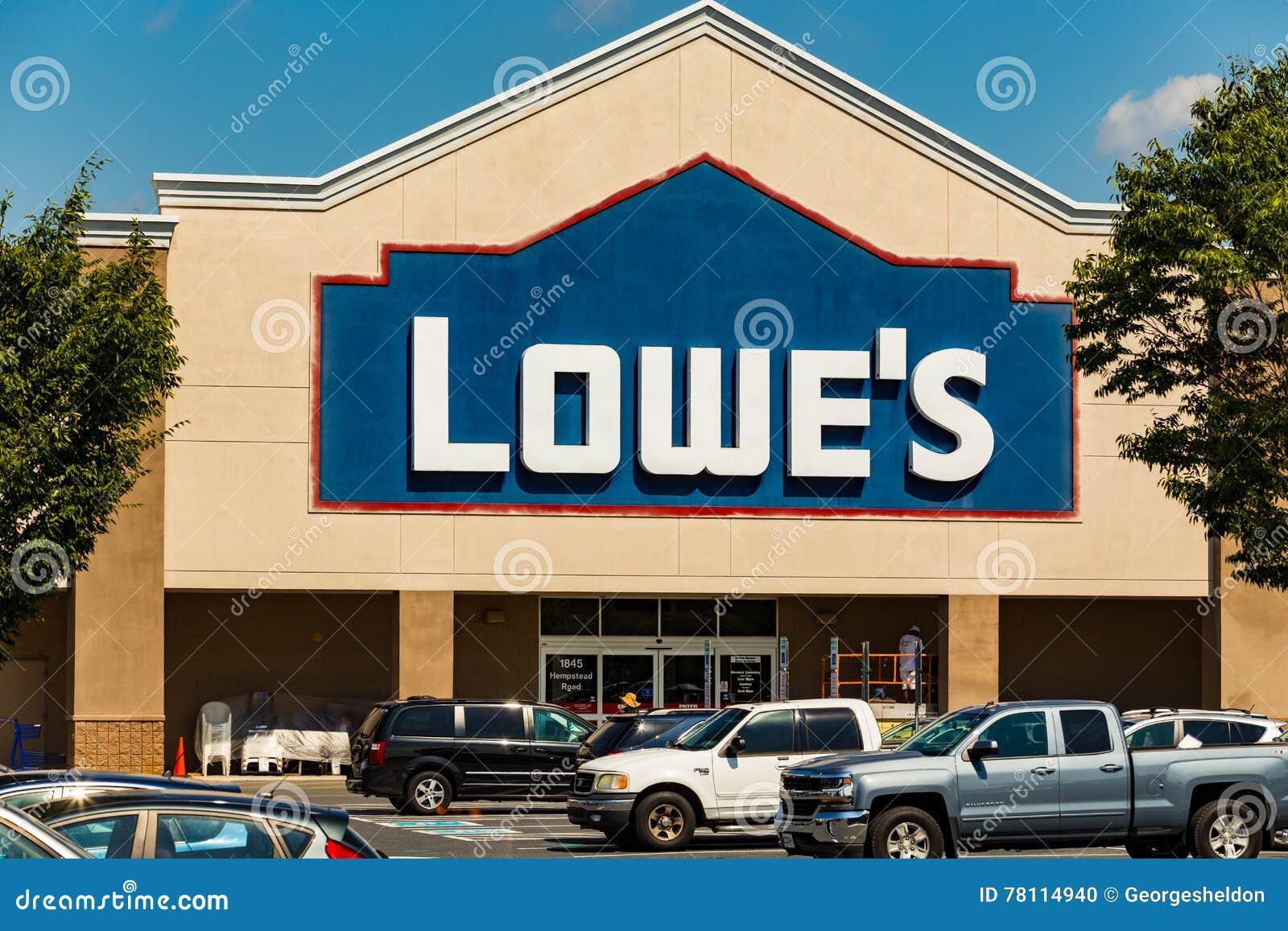 Lowes Store Front Editorial Photo Cartoondealer Com
