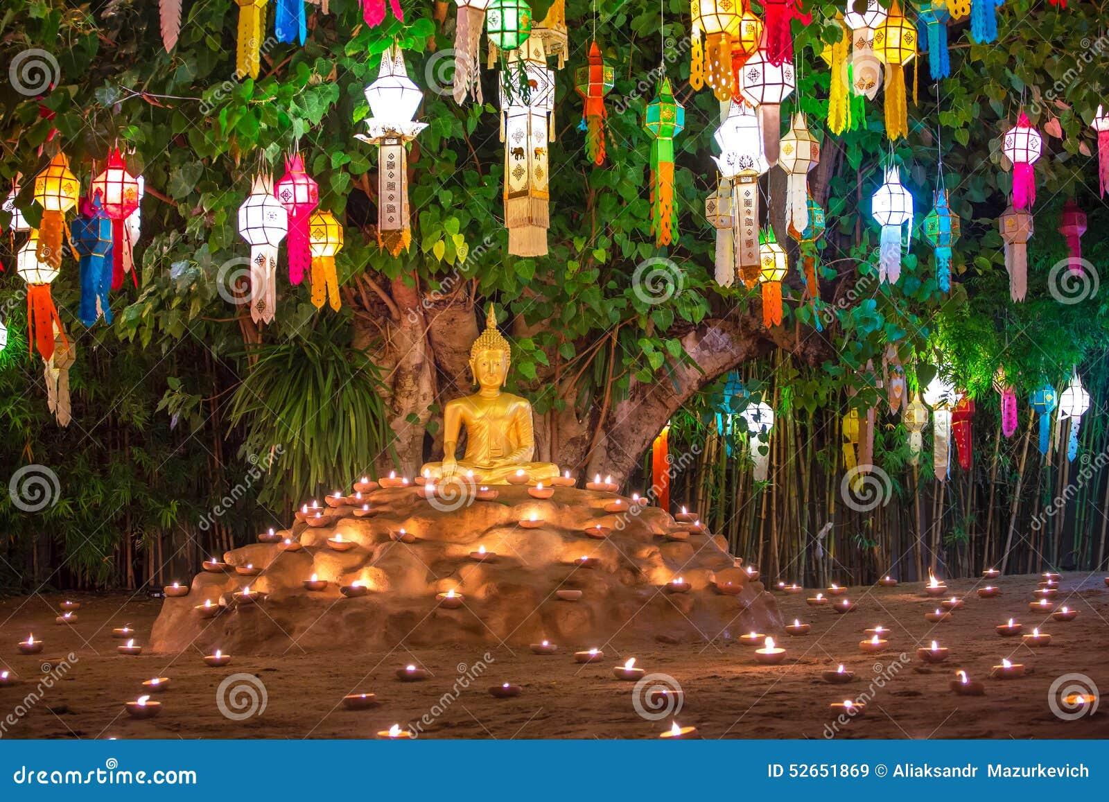 Loy Kratong Festival em Wat Pan Tao Temple