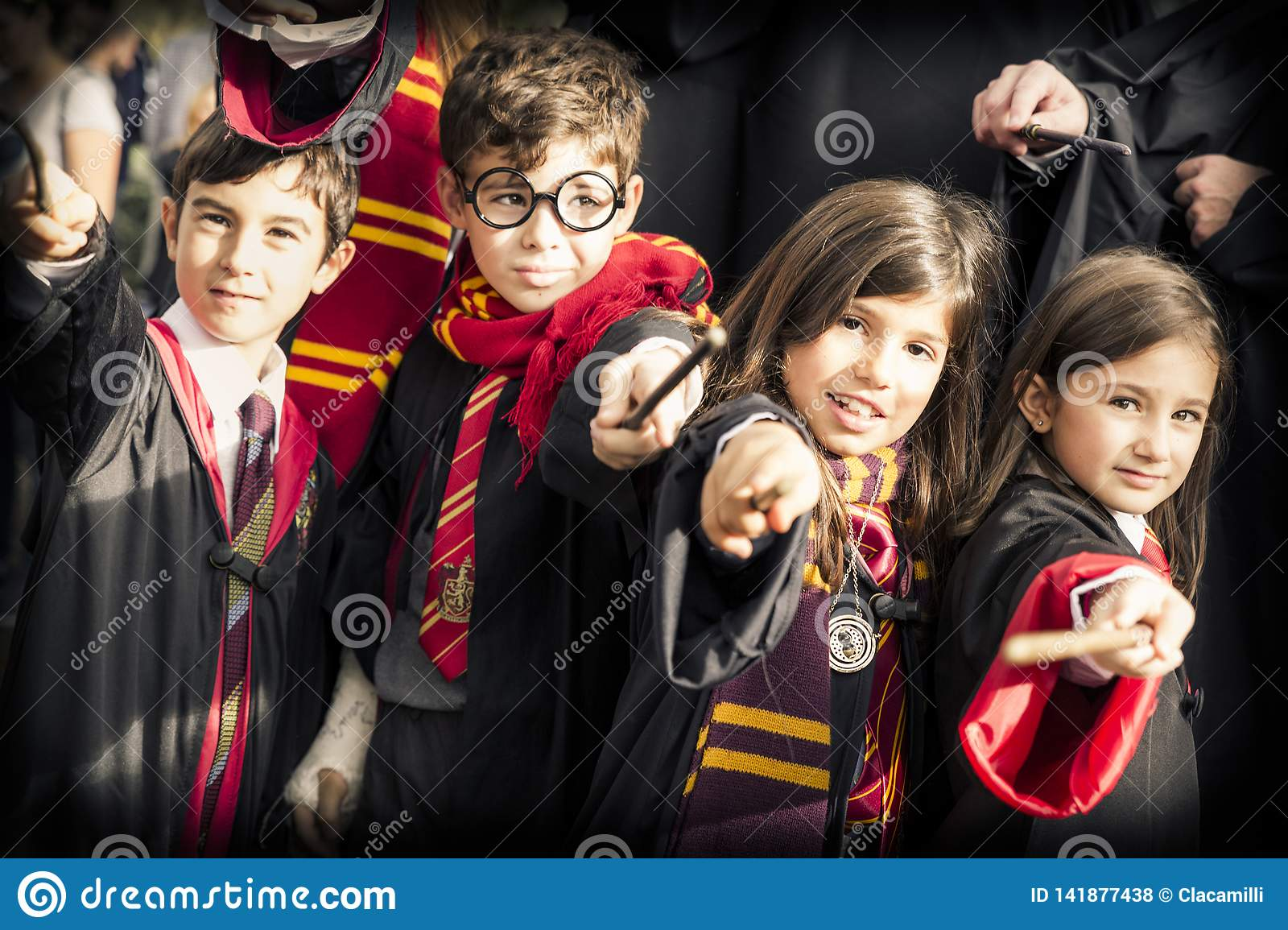 Children disguised as Harry Potter during the carnival