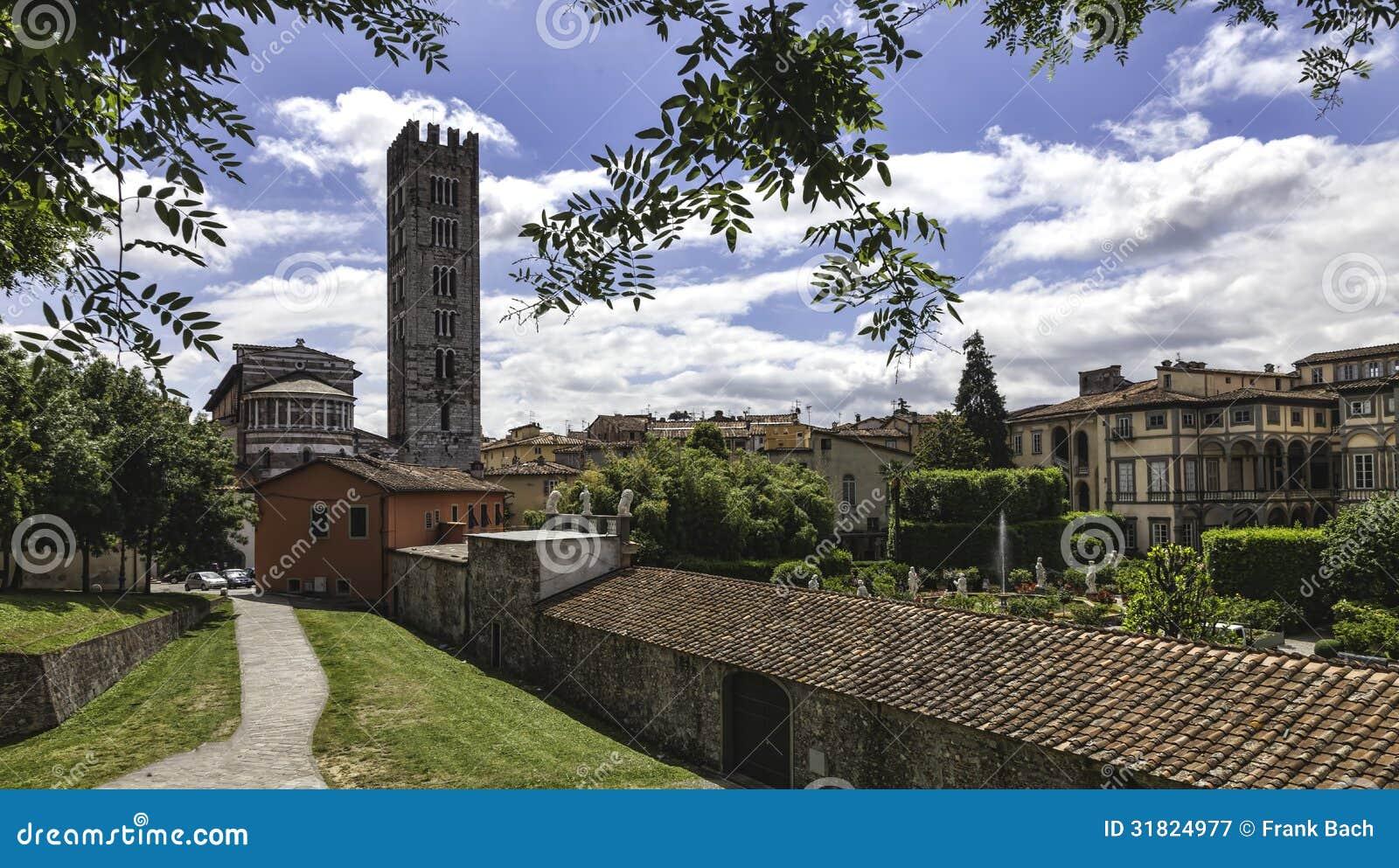 Lucca, Tuscany, Włochy. Ulicy