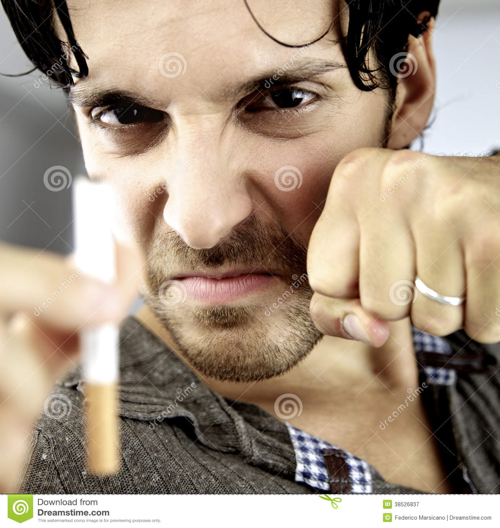 Lucharé mi batalla contra cáncer que pararé el fumar