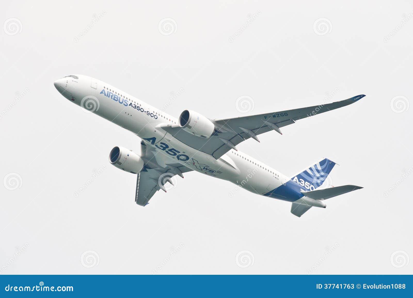 Luchtbus A350-900 @ Singapore Airshow 2014