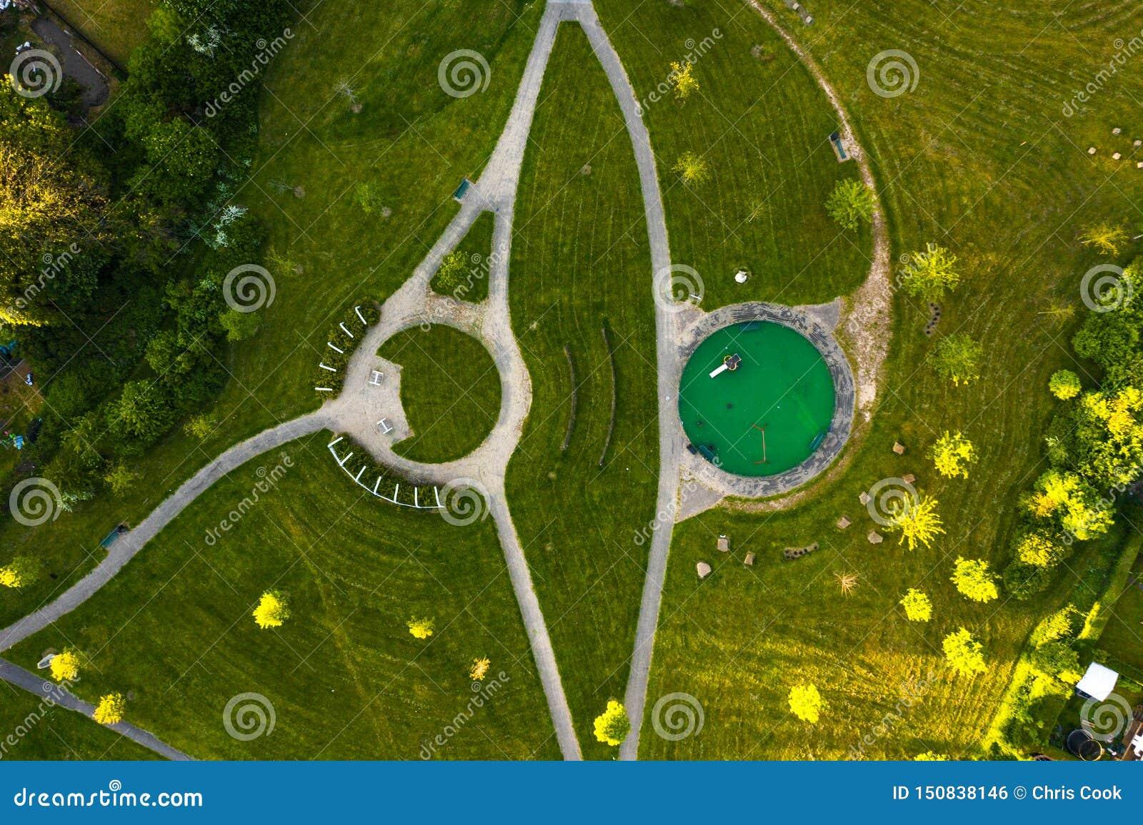 Luchthommellengte van een park in landschap dat in Sheffield City, Yorkshire wordt gevonden