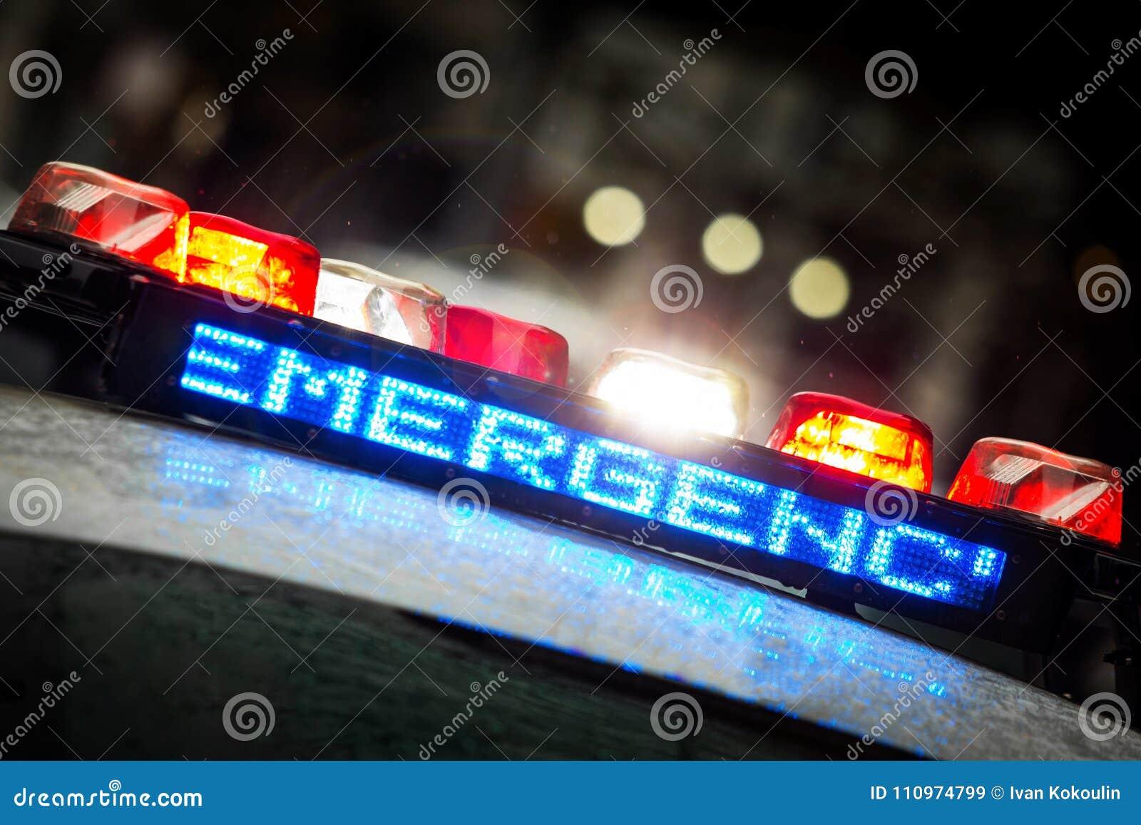 Luci di emergenza della polizia con testo d avvertimento