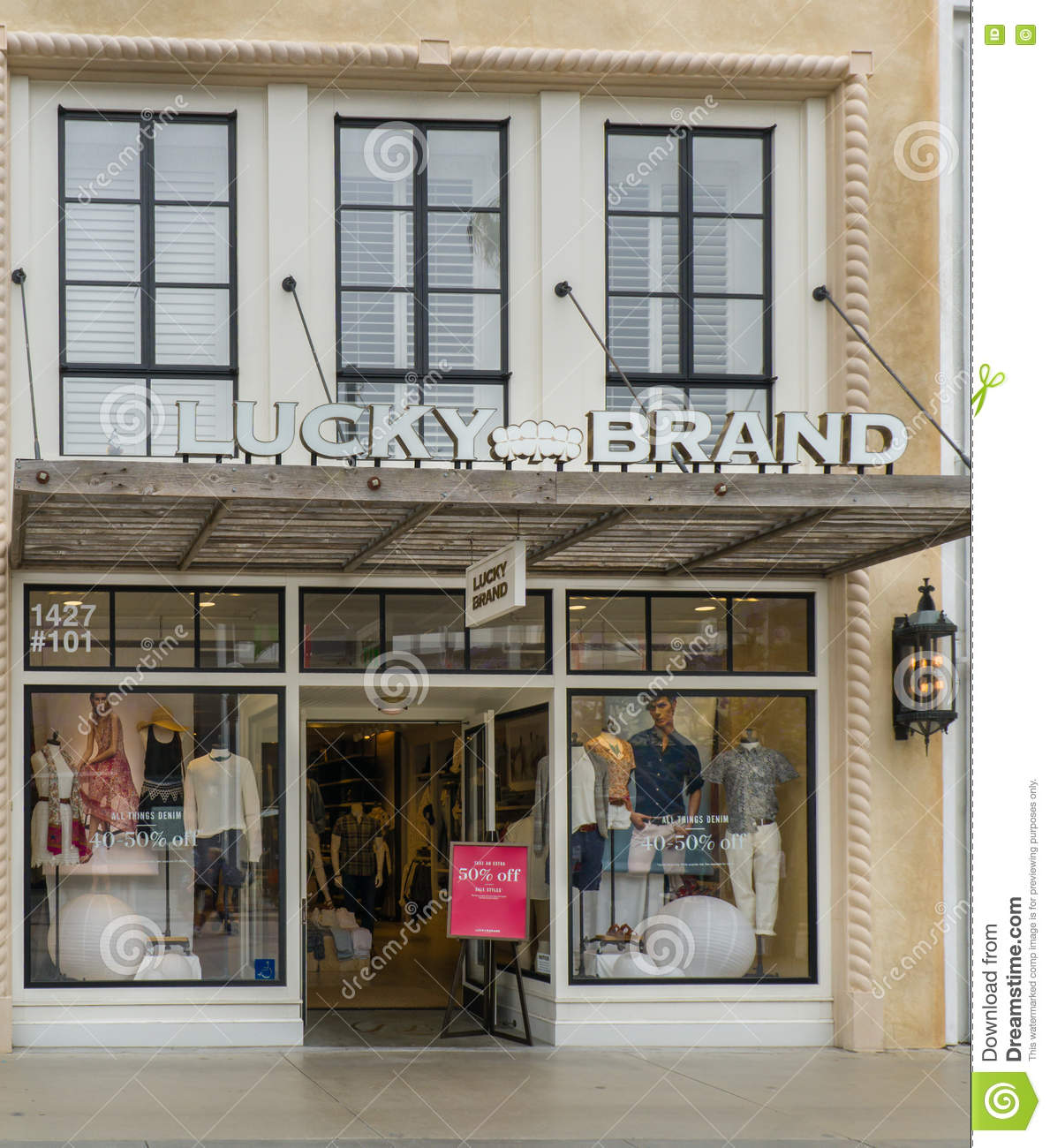 d5b5f4d729e Lucky Brand Retail Store And Exterior Editorial Stock Image - Image ...