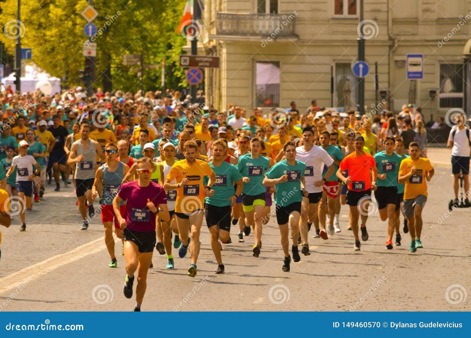Ludzie biega dla najlepszy healht i dla sporta