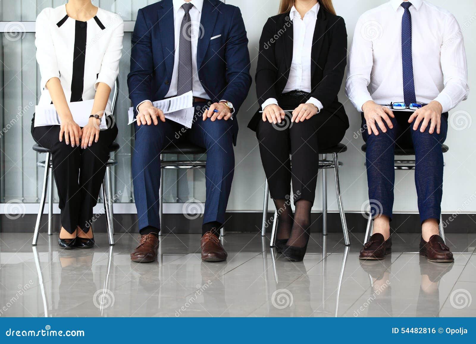 Ludzie biznesu czeka akcydensowego wywiad