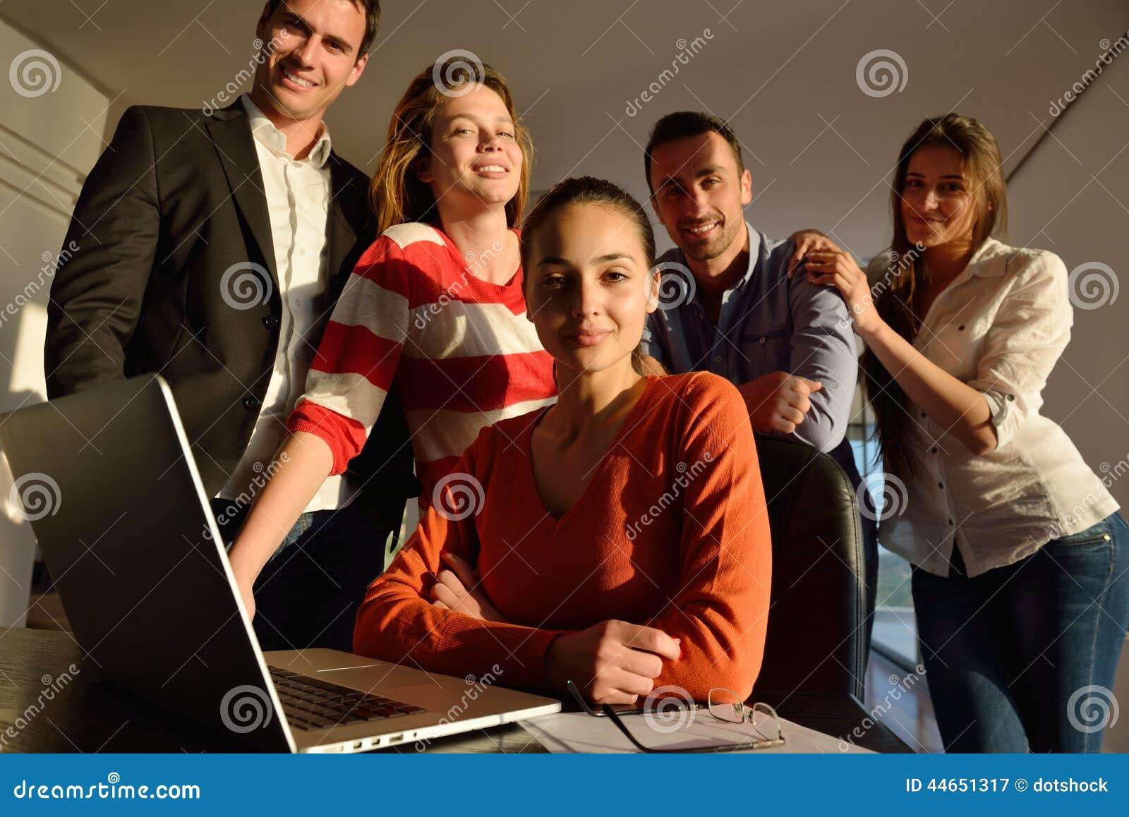 Ludzie biznesu drużyny na spotkaniu