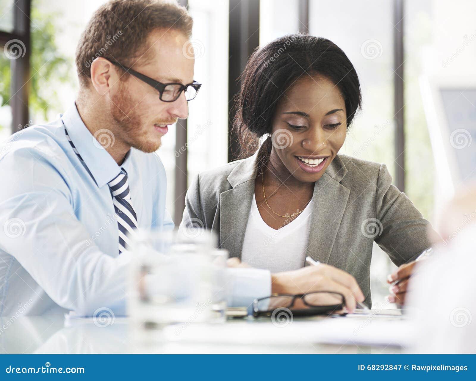 Ludzie Biznesu Spotyka dyskusi komunikaci pojęcie