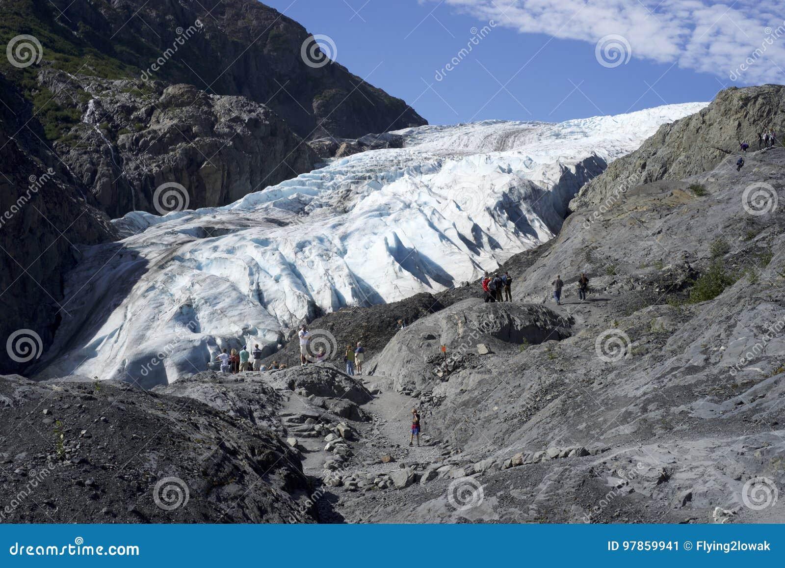 Ludzie Odwiedza wyjście lodowa Seward Alaska