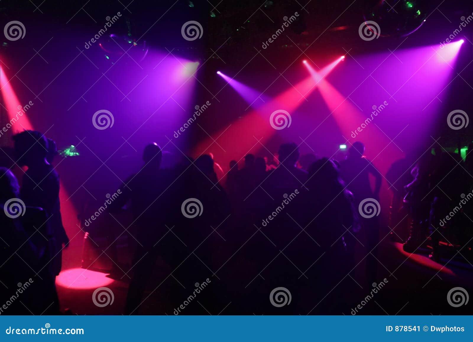 Ludzie sylwetek tańczące