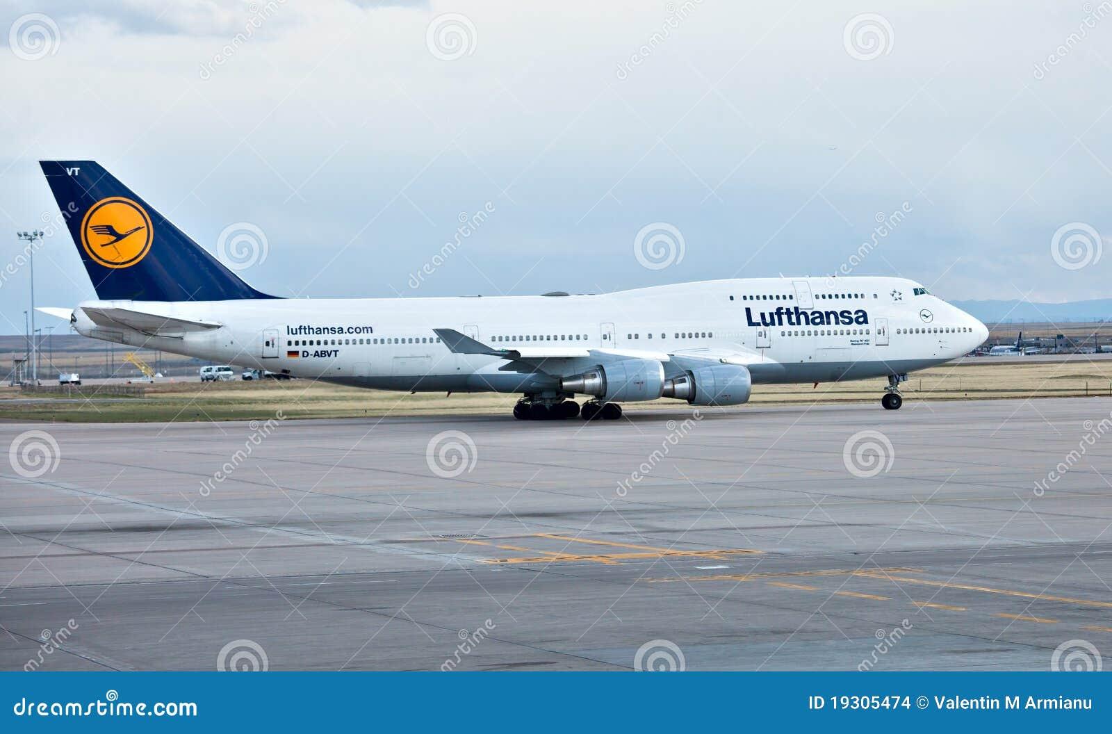 Lufthansa Boeing 747 400 Redaktionelles Stockbild Bild
