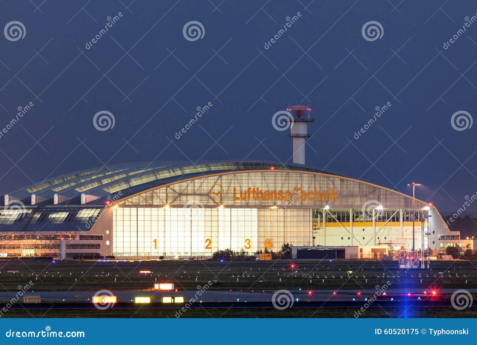 Lufthansa Hangar Am Frankfurt Flughafen Redaktionelles Bild Bild