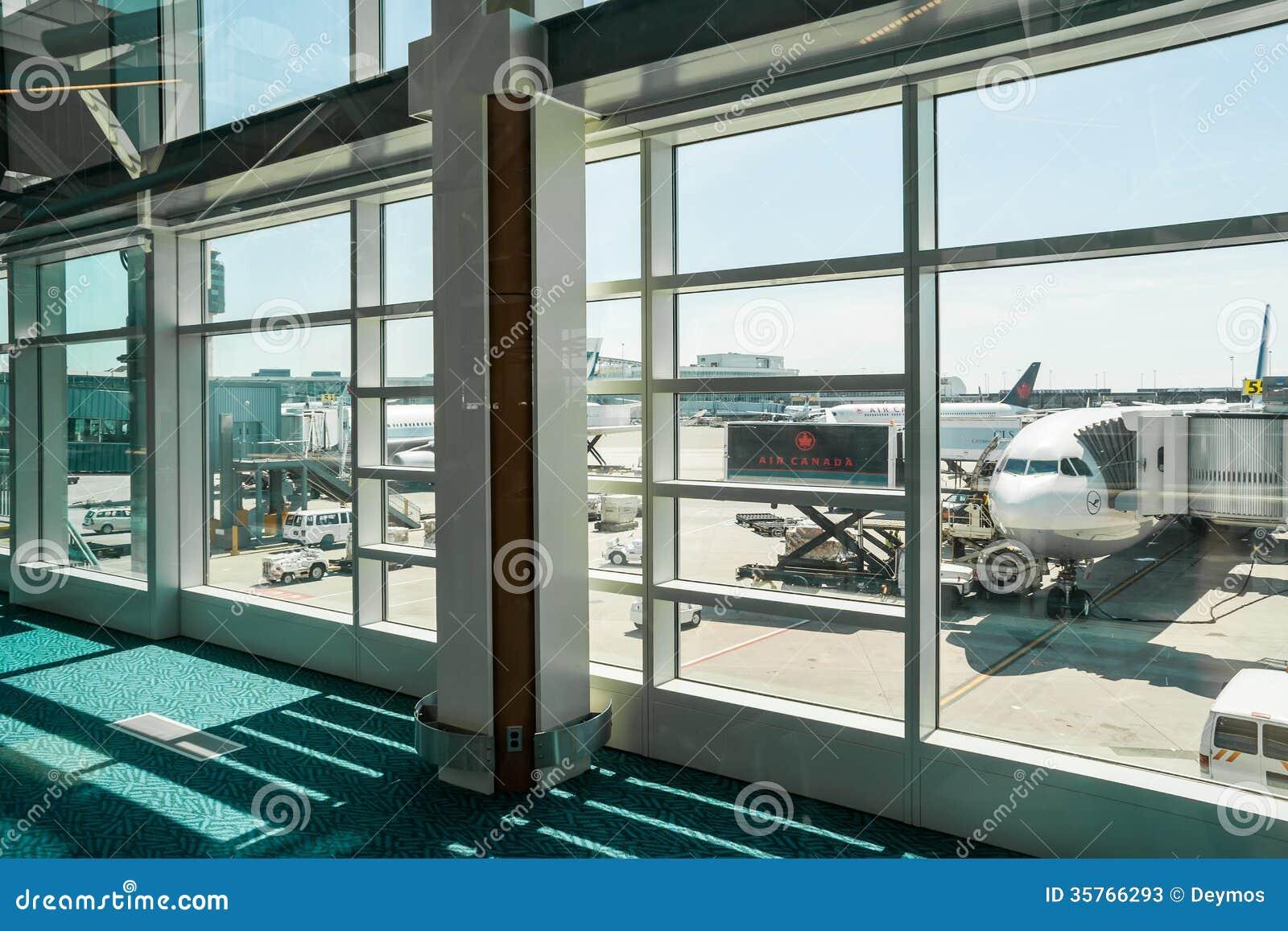 Lufthansa Samolotowy abordaż w Vancouver, CA