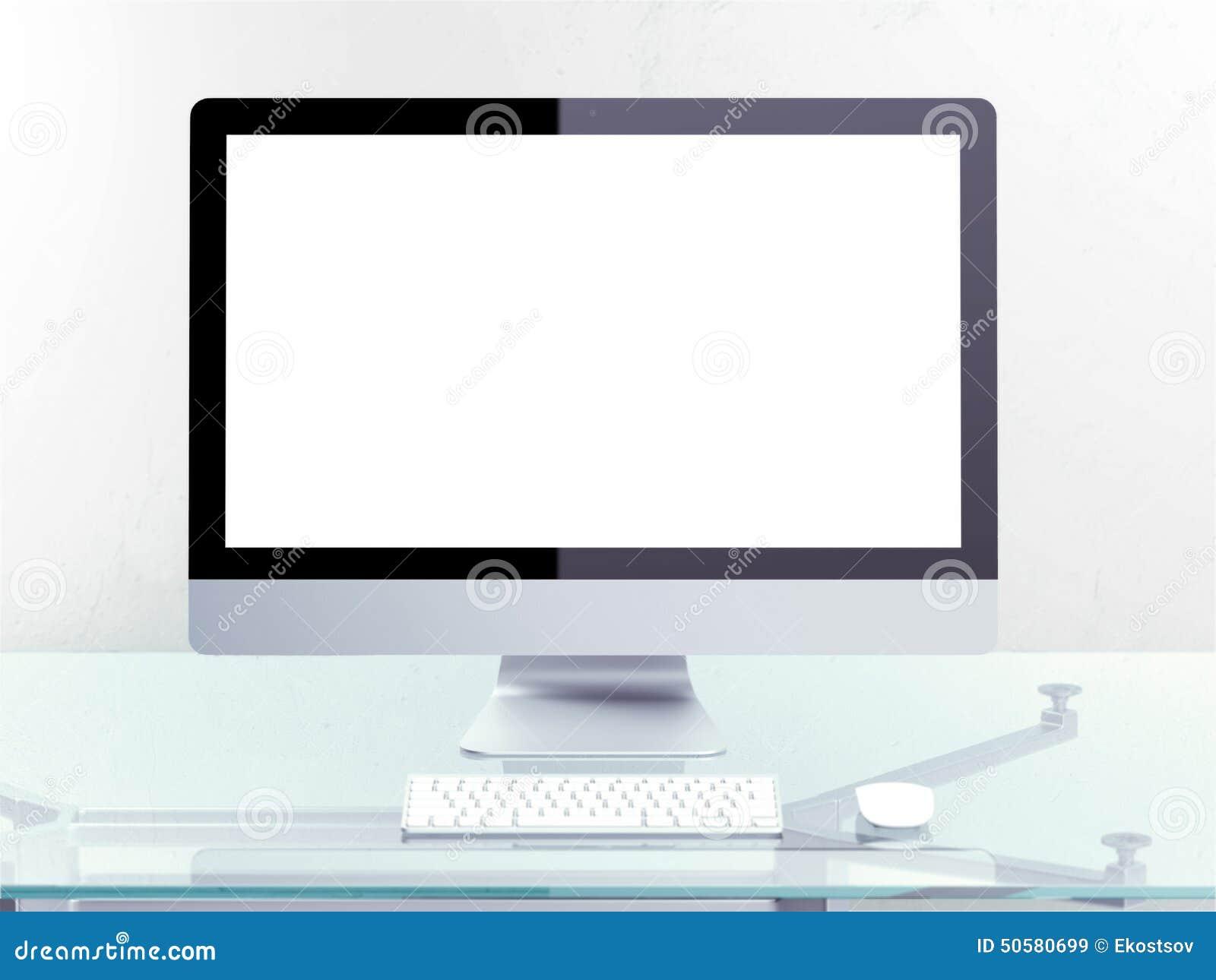 Lugar de trabajo moderno con el ordenador