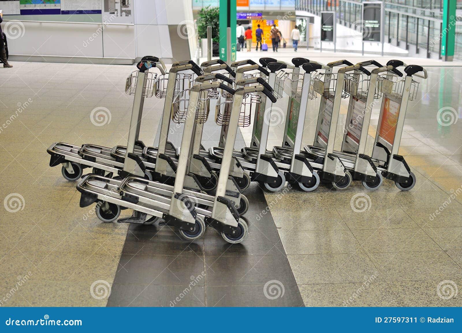 Luggage Cart At Hong Kong Airport Editorial Photo - Image of