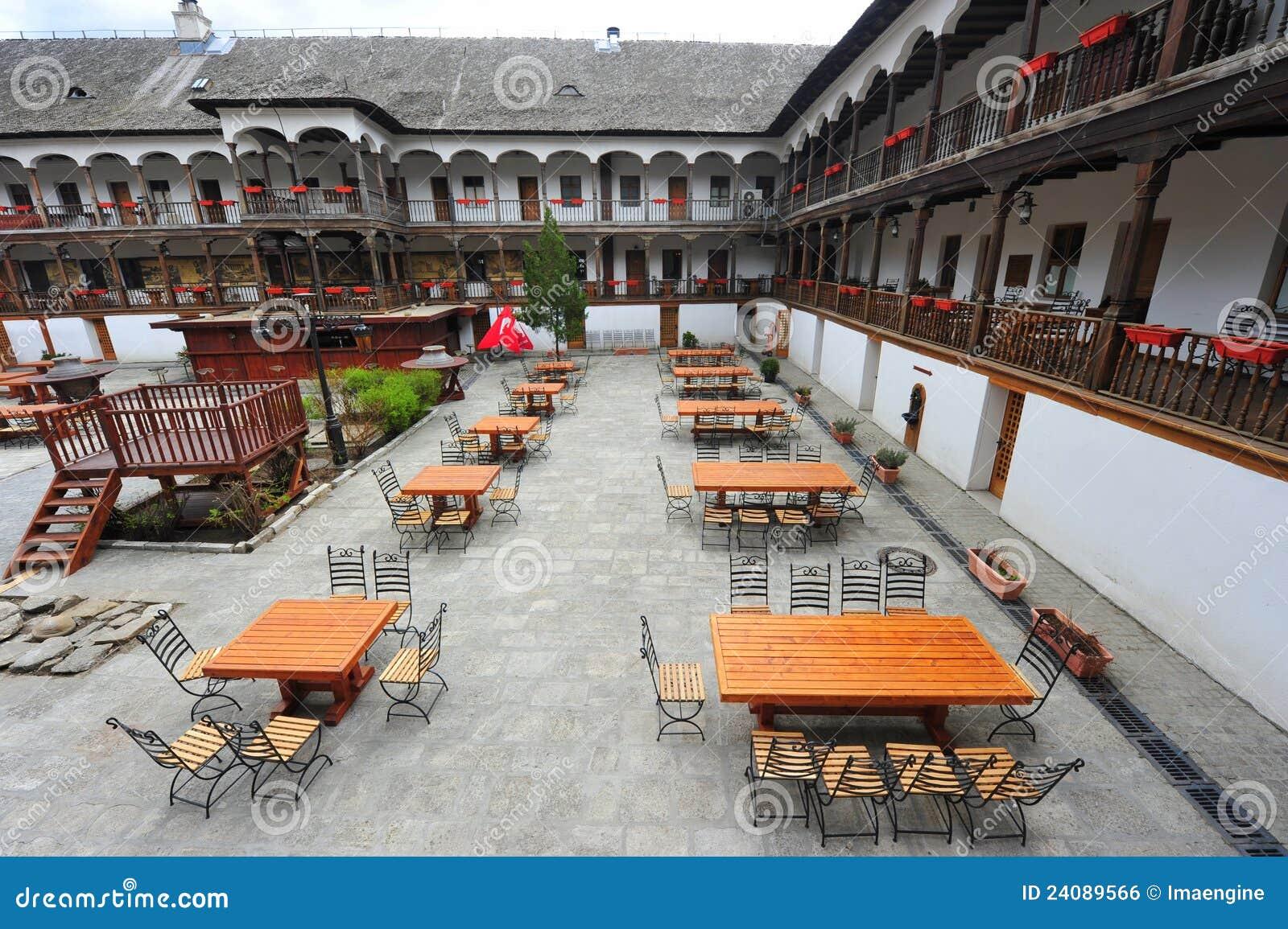 Lui Manuc van Hanul - oud de stadscentrum van Boekarest