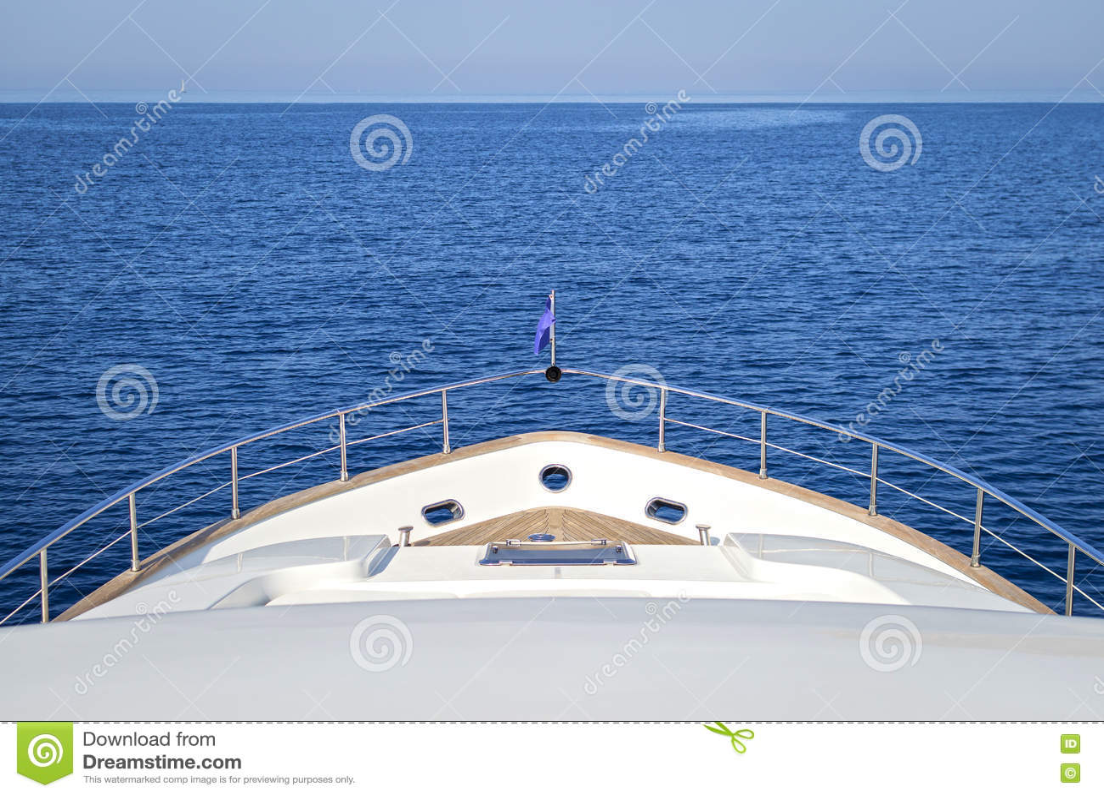 Luksusu motorowy jacht