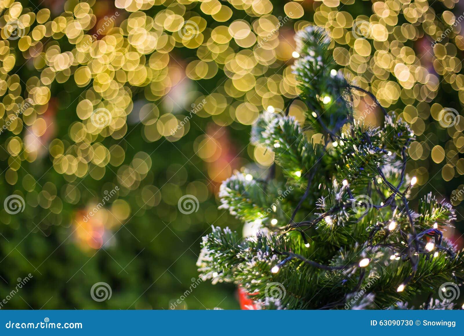 Download Lumière De Bokeh Sur L'arbre De Noël, Fond Brouillé Photo stock - Image du brillant, joyeux: 63090730