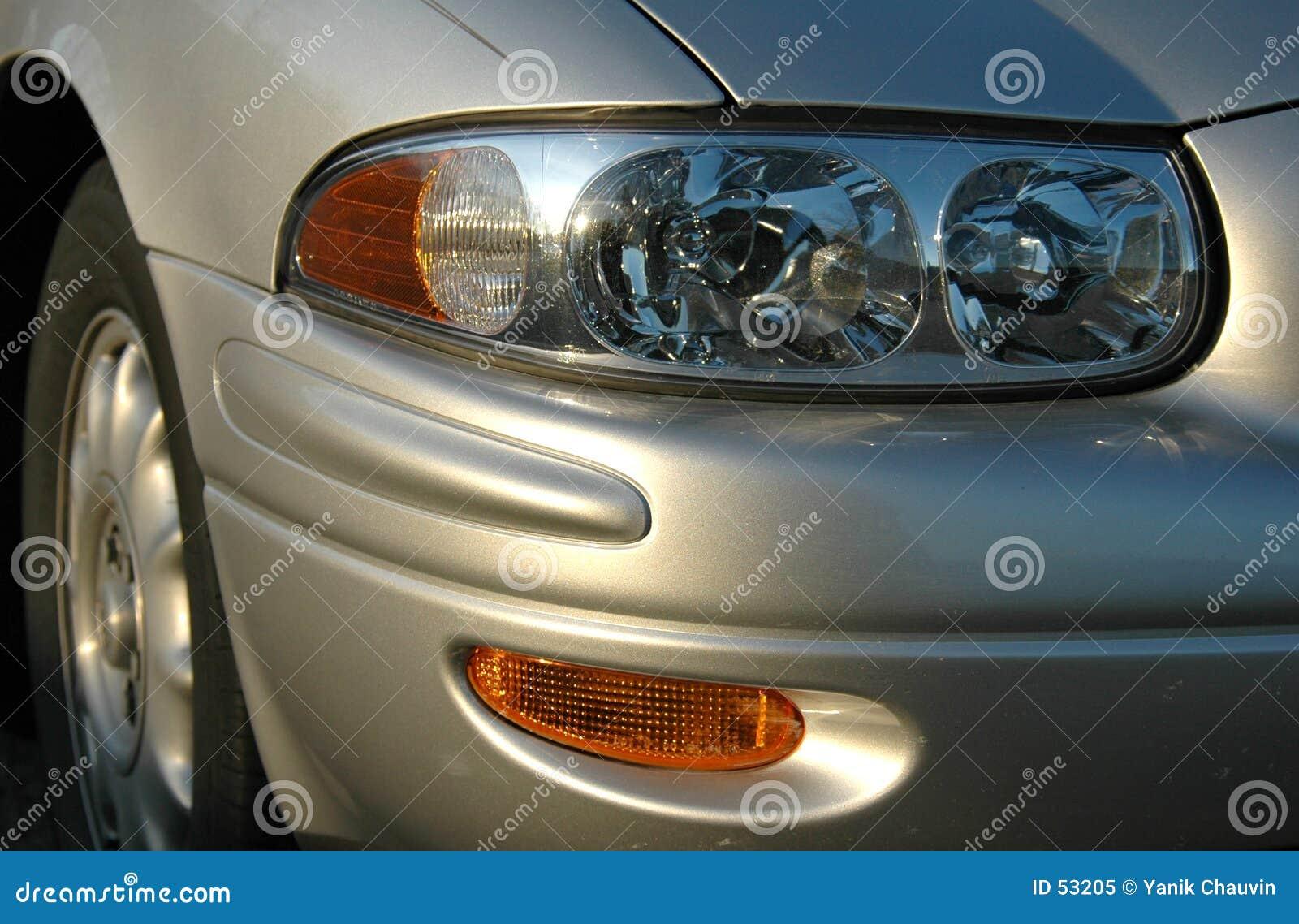 Lumière de véhicule