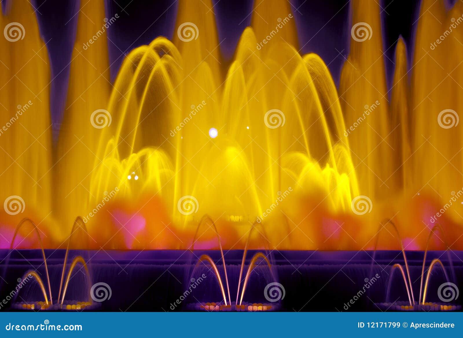 Lumières de fontaine à Barcelone