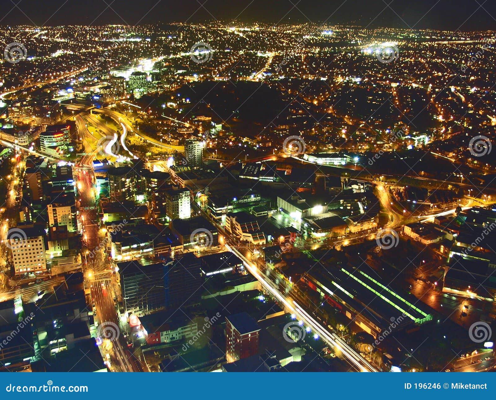 Lumières de ville de vue aérienne