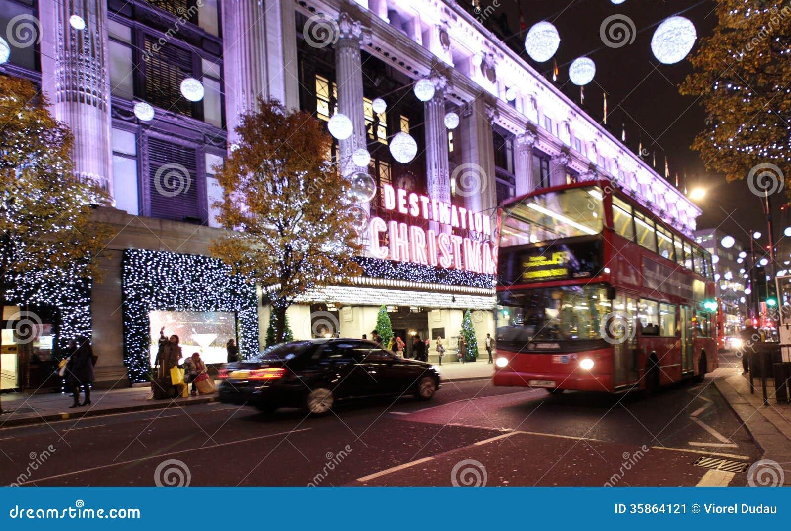 #6B3E8D Lumières De Noël De Londres Photo éditorial Image: 35864121 5317 decorations de noel a londres 1300x890 px @ aertt.com