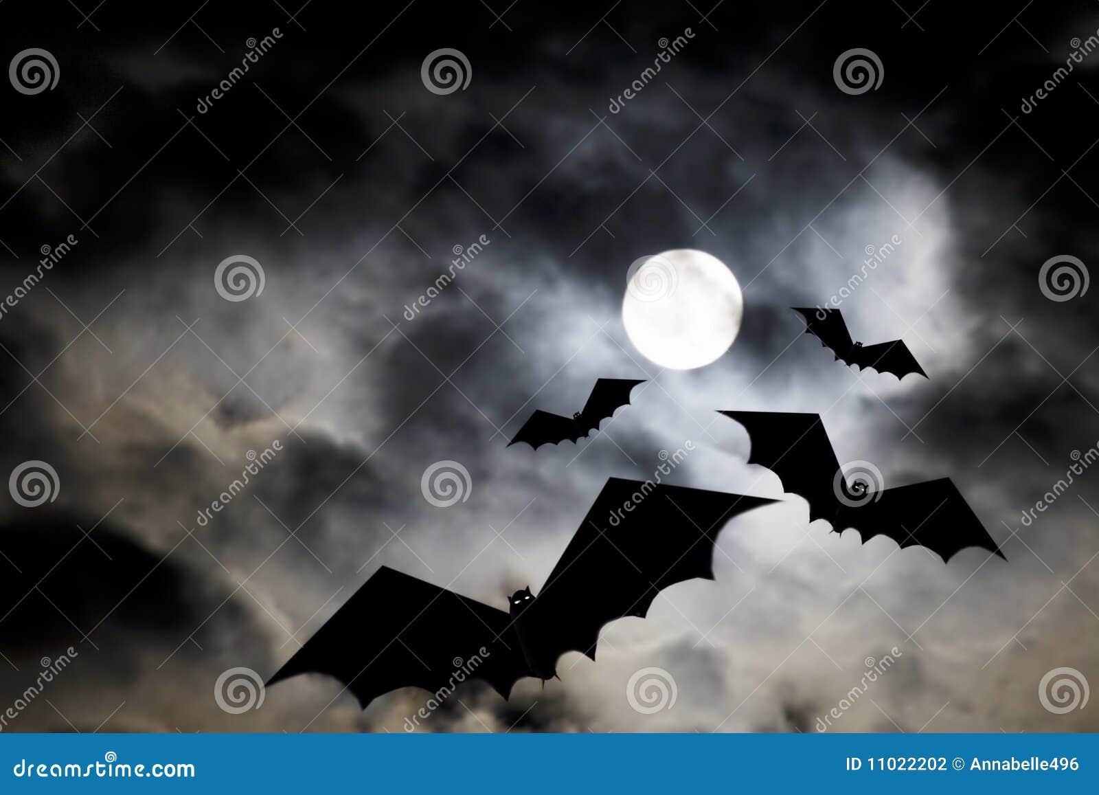 Luna de Víspera de Todos los Santos