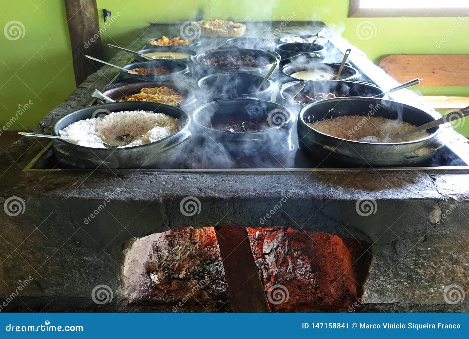 Lunch przy Brazylijską chałupą