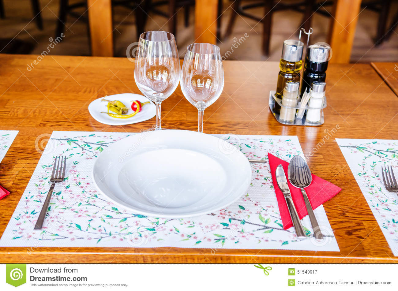 How To Set Up The: simple table setting for lunch