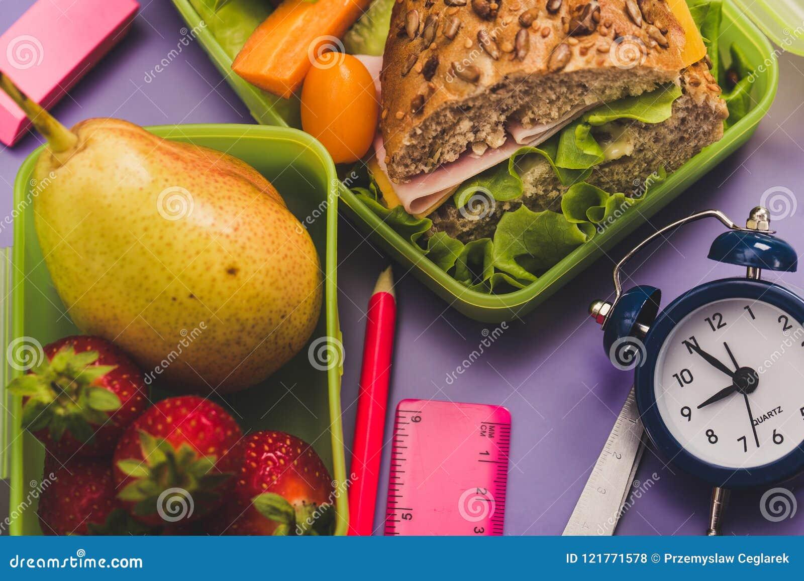 Lunchdozen met vers gezond tweede ontbijt
