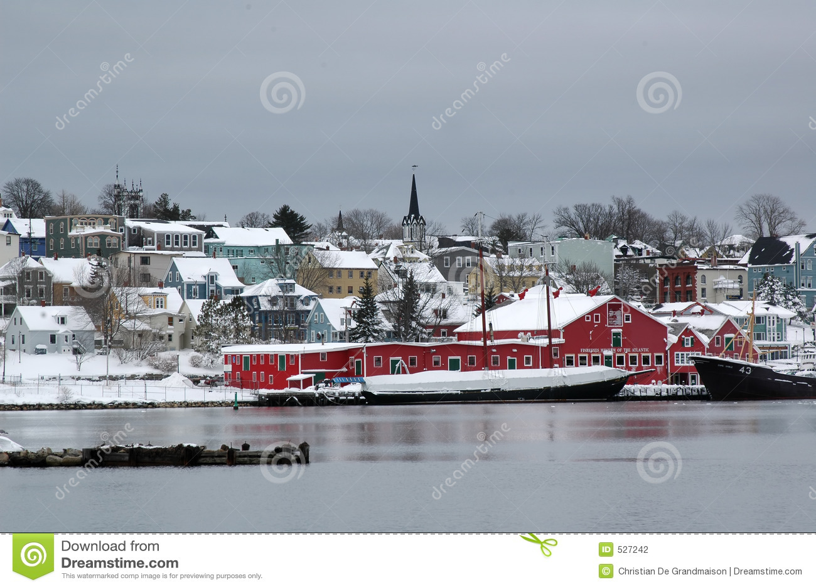 Download Lunenberg 库存照片. 图片 包括有 冬天, 哈利法克斯, 村庄, 红色, 加拿大 - 527242