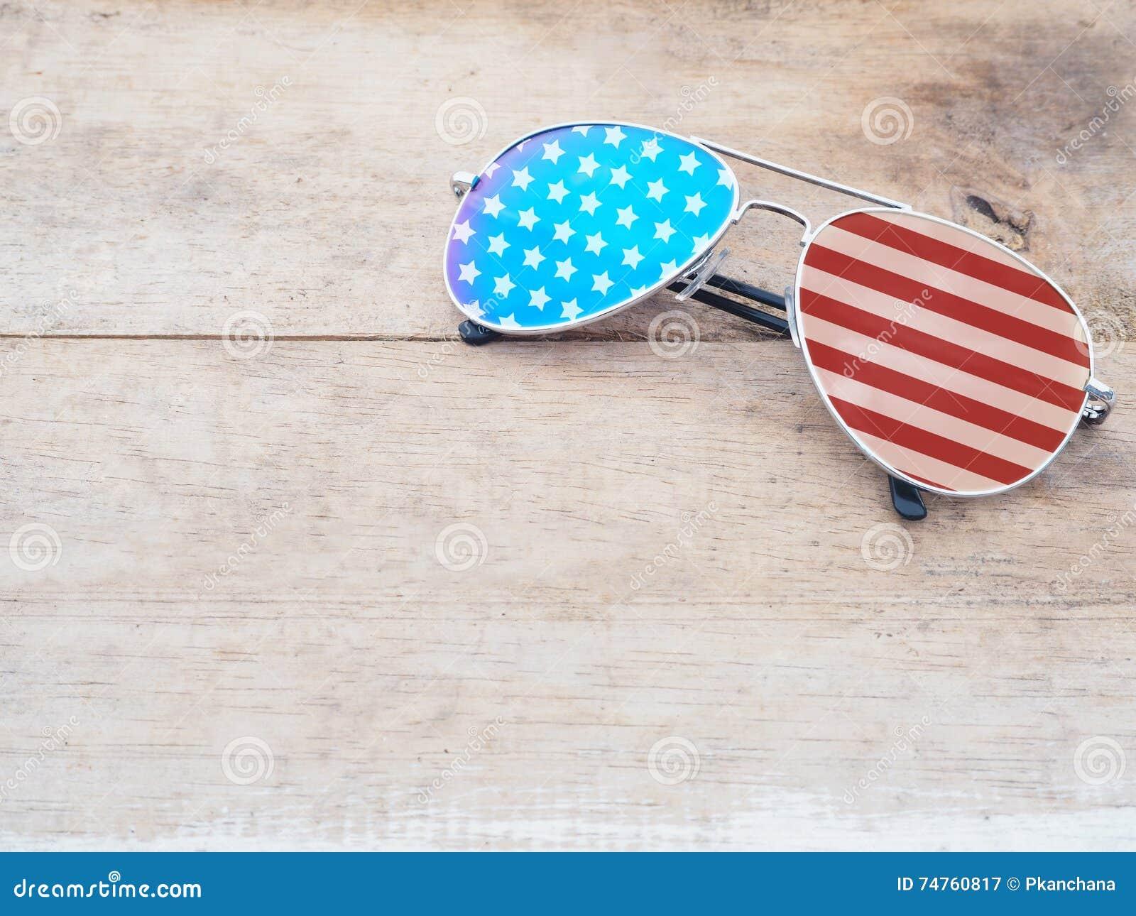 Lunettes de soleil de miroir avec le modèle de drapeau américain