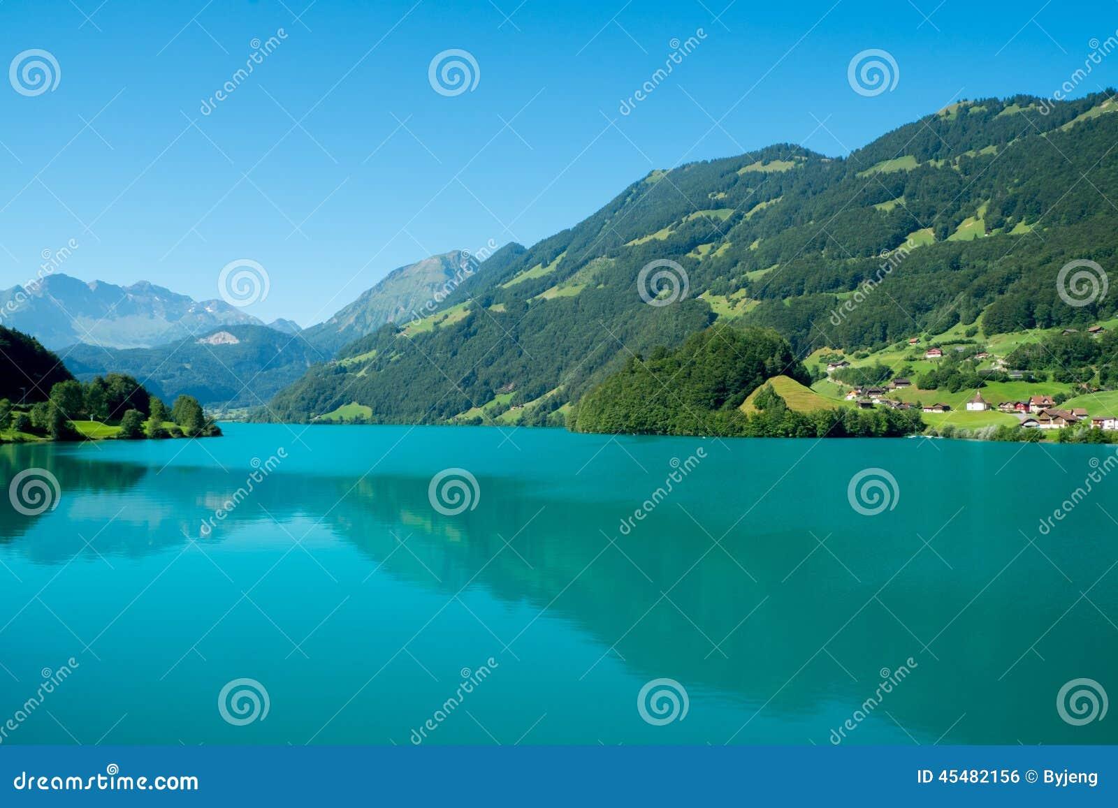 Lungern湖