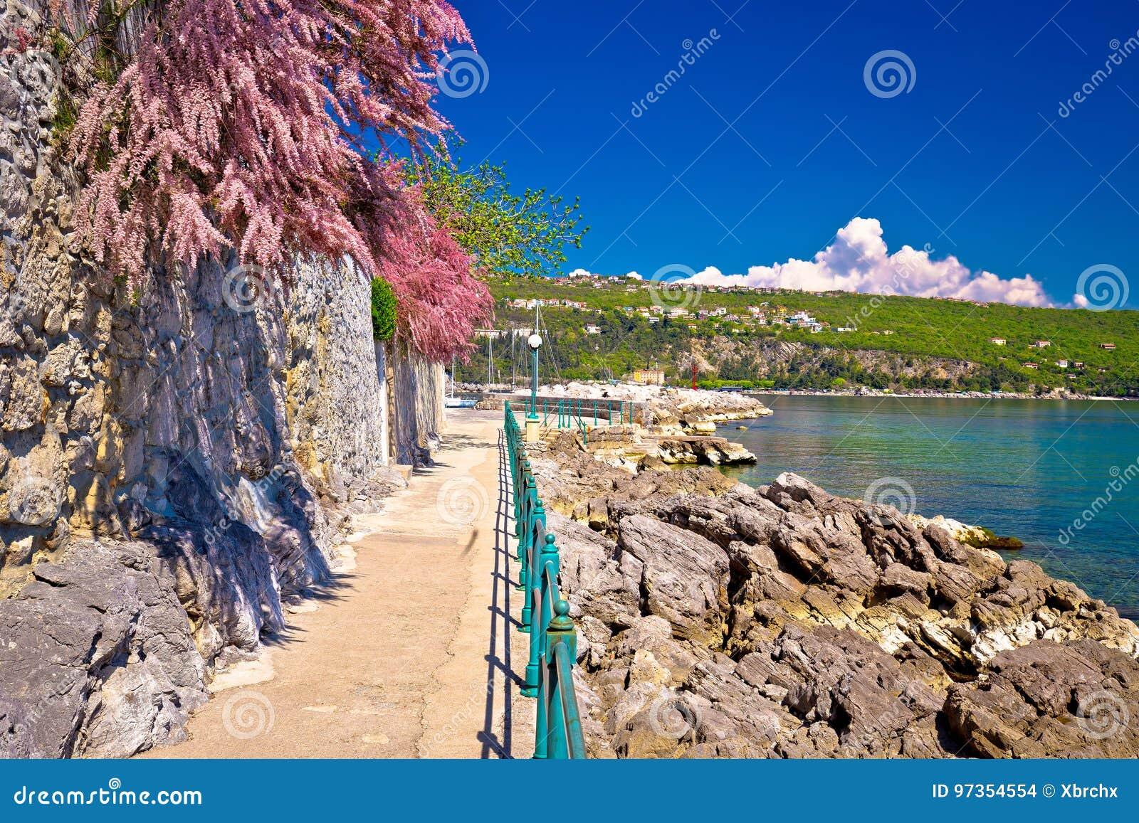 Lungomare海岸著名走道在奥帕蒂亚