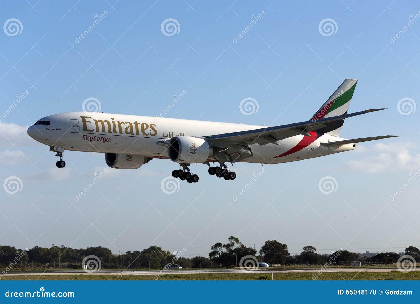 Luqa, Μάλτα στις 14 Ιανουαρίου 2016: Φορτίο 777 σε τελικά