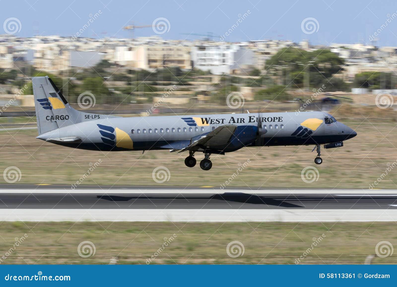 Luqa, Malte le 18 août 2015 : Atterrissage de triphosphate d adénosine