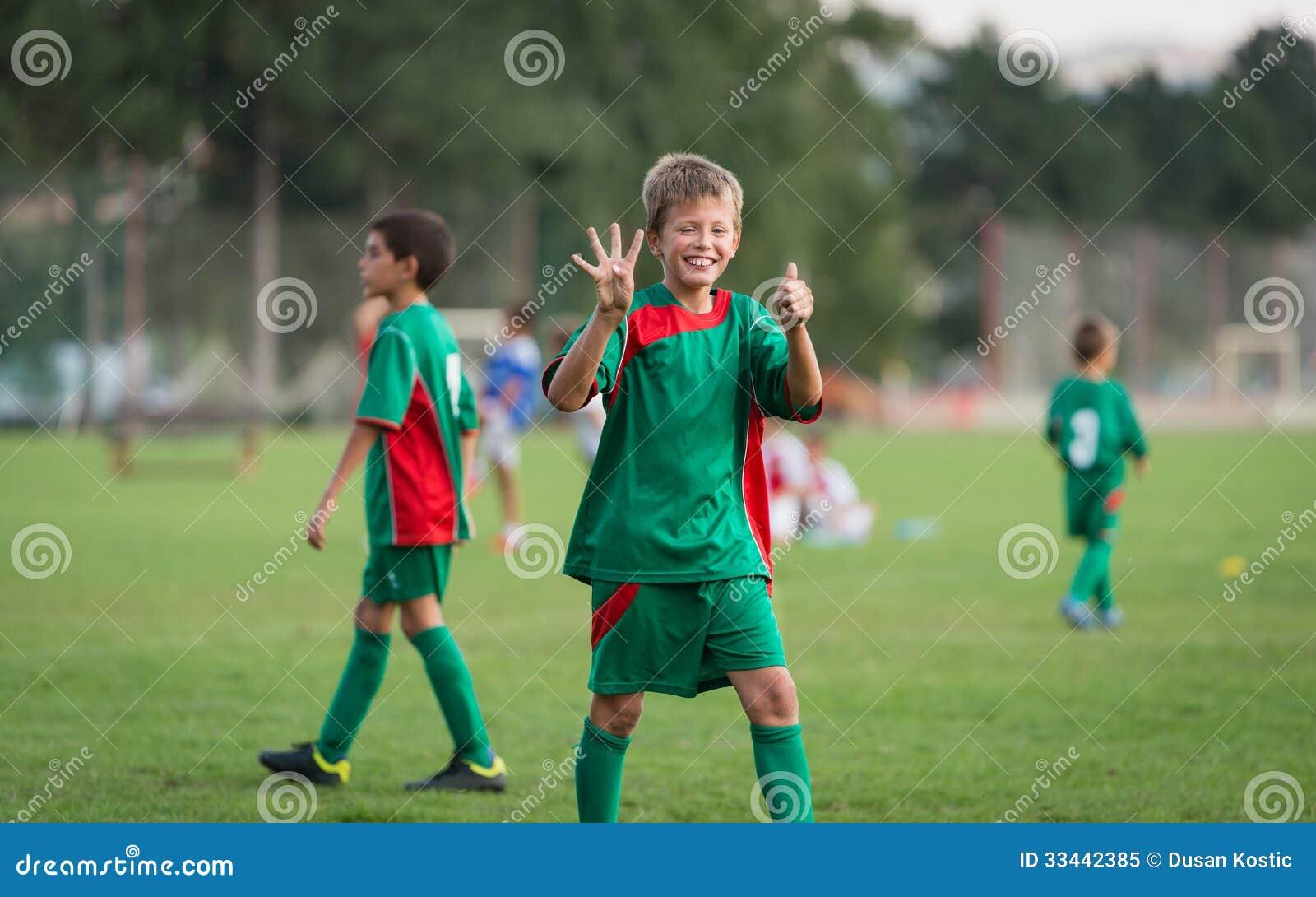 Lurar fotbollsmatchen