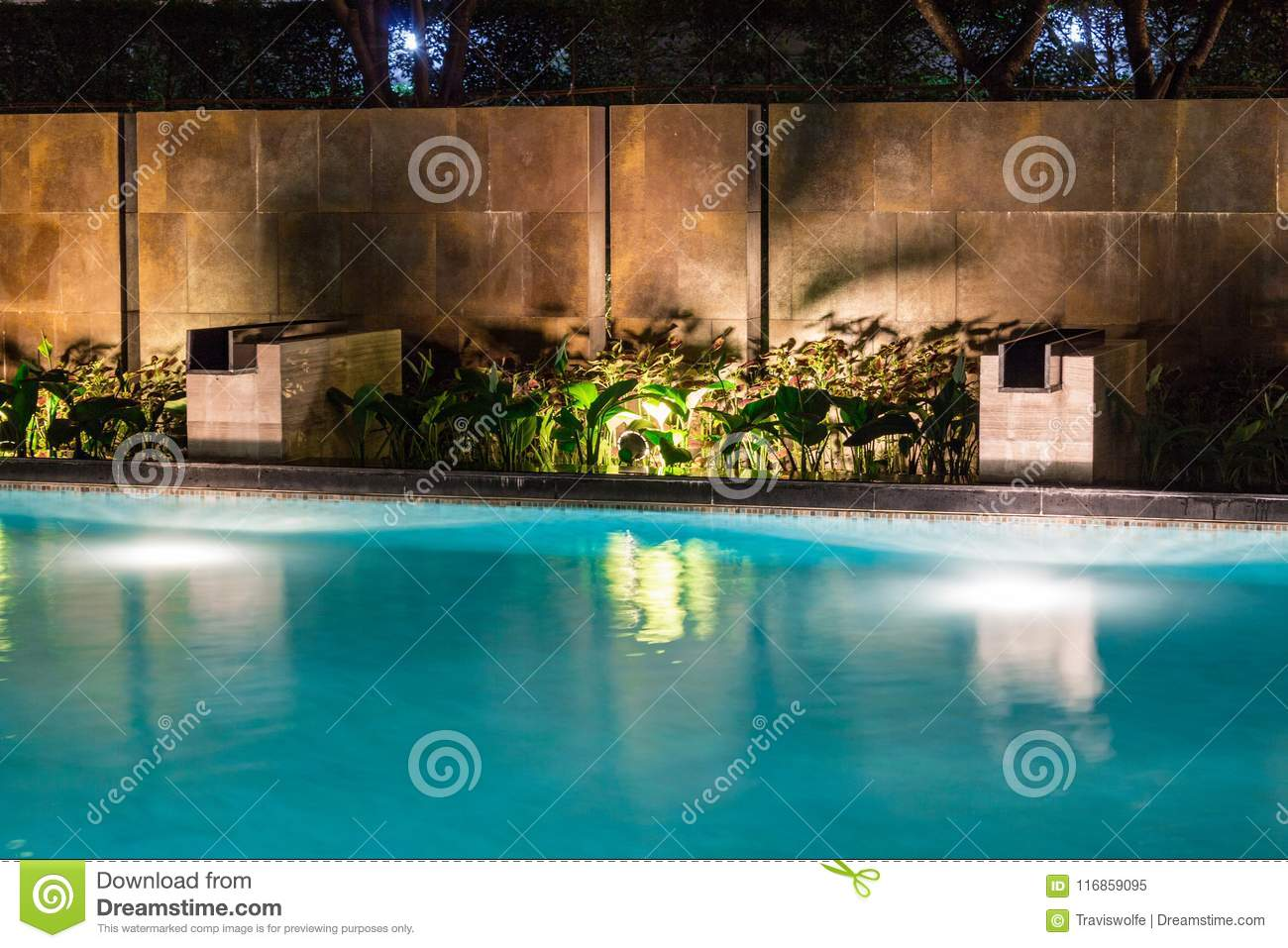 Lush Pool Lighting In Backyard For Luxury Swimming Pool ...