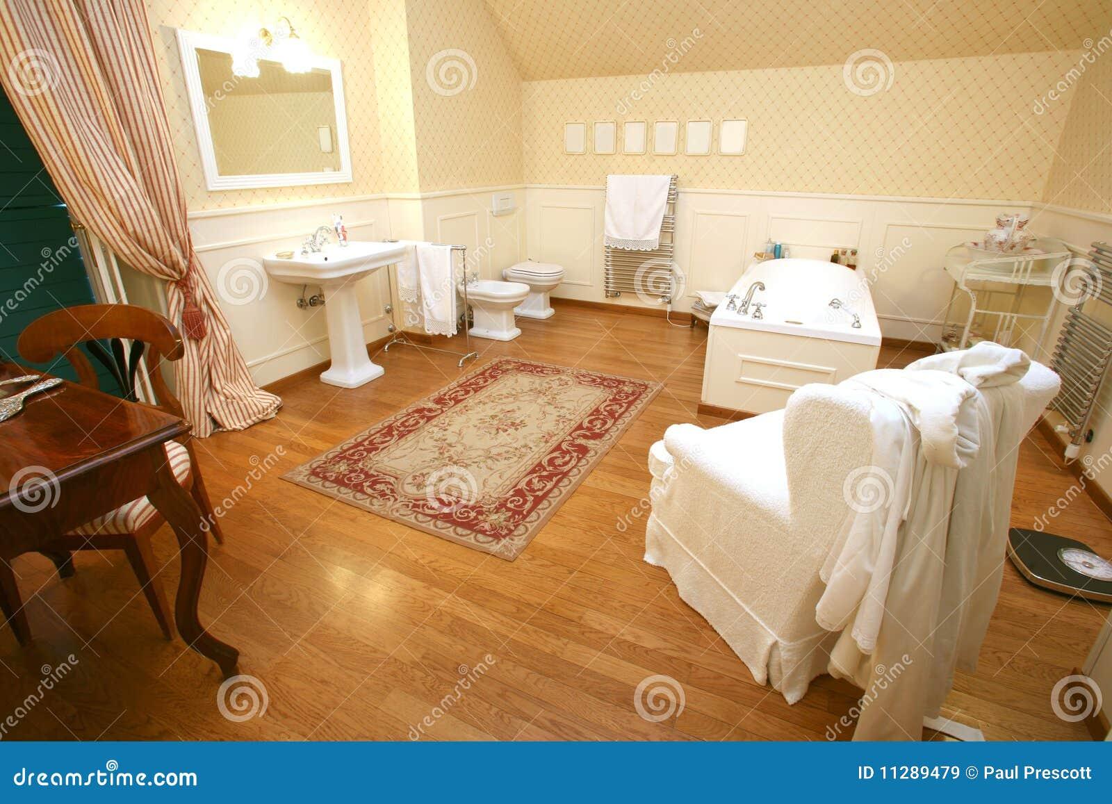 bagno legno lusso