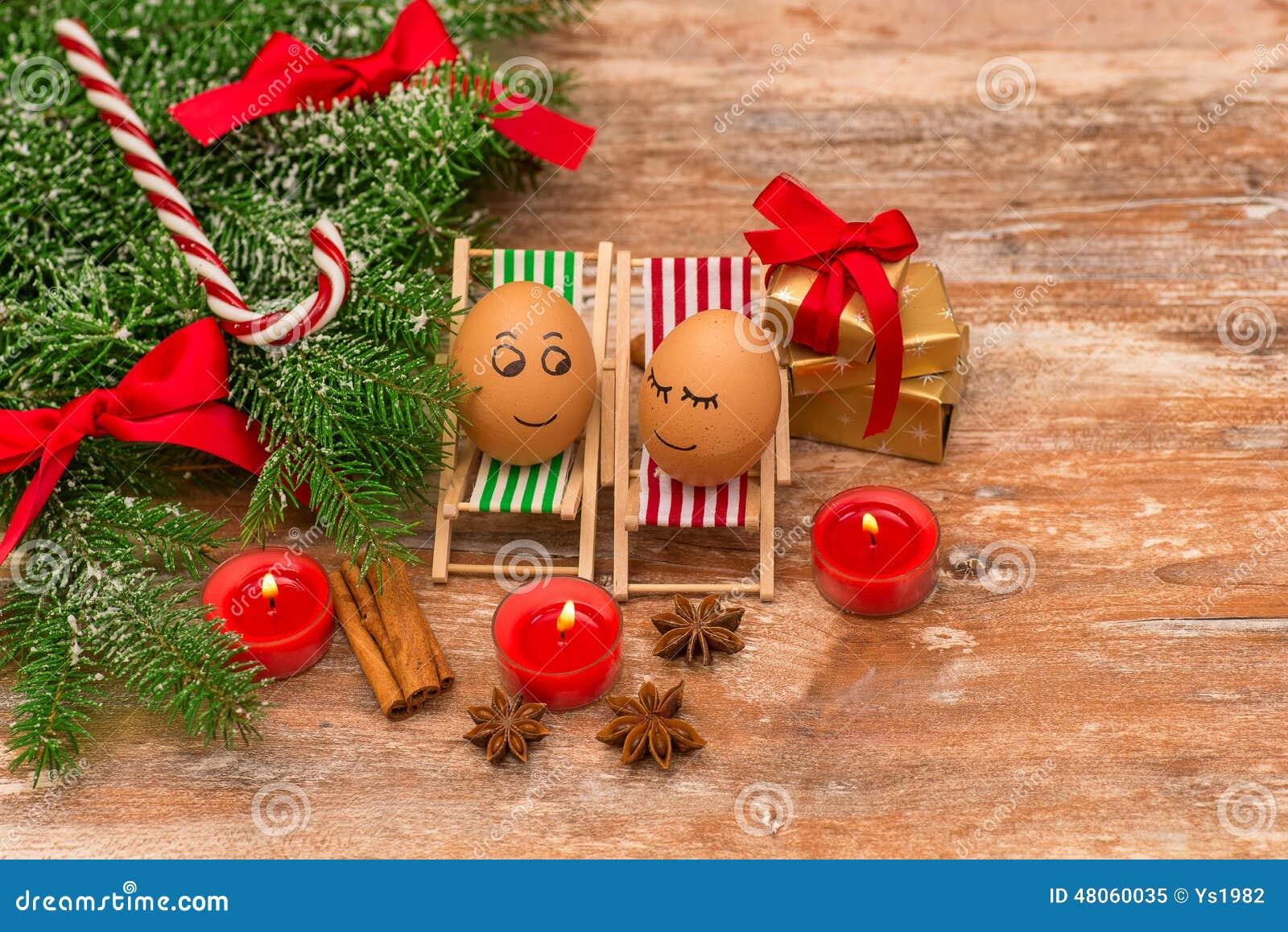 lustige eier weihnachten mandarine geschenk und kerzen stockbild bild 48060035. Black Bedroom Furniture Sets. Home Design Ideas