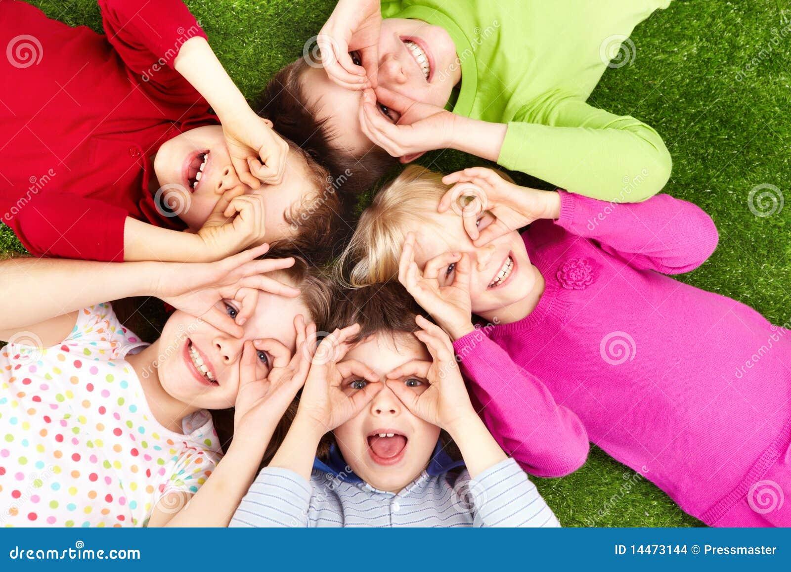 Lustige Kinder