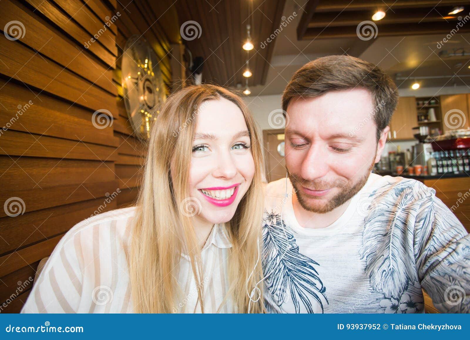 Spielerische Dating Ich habe Angst, mit der Datierung zu beginnen